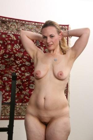 Big Ass Housewife Pics