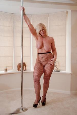 Big Ass Stripping Pics